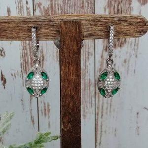 Jewelry - Silver & Emerald Victorian Earrings